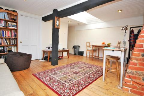 Studio to rent - Hart Street, Henley on Thames