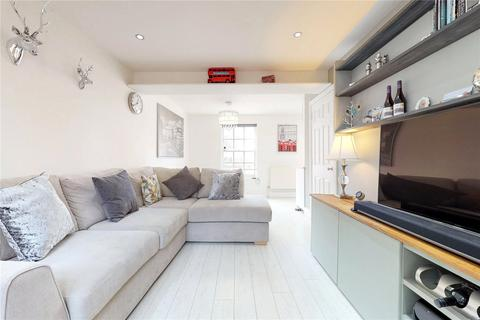 2 bedroom flat for sale - Roman Road, London, E3