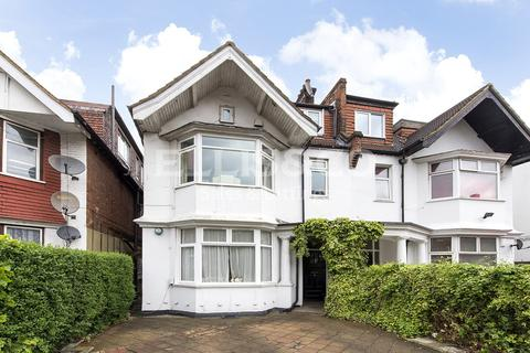 3 bedroom apartment for sale - North End Road, London, NW11