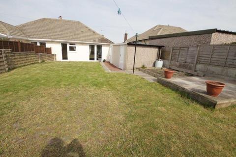 2 bedroom semi-detached bungalow for sale - Priestley Avenue, Heckmondwike