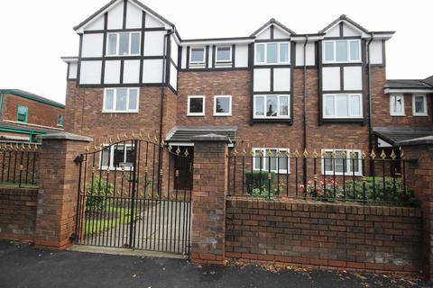 2 bedroom apartment to rent - Cranford House, Half Edge Lane, Monton, Manchester