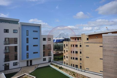 2 bedroom apartment to rent - Maritime Walk, Ocean Village, Southampton SO14