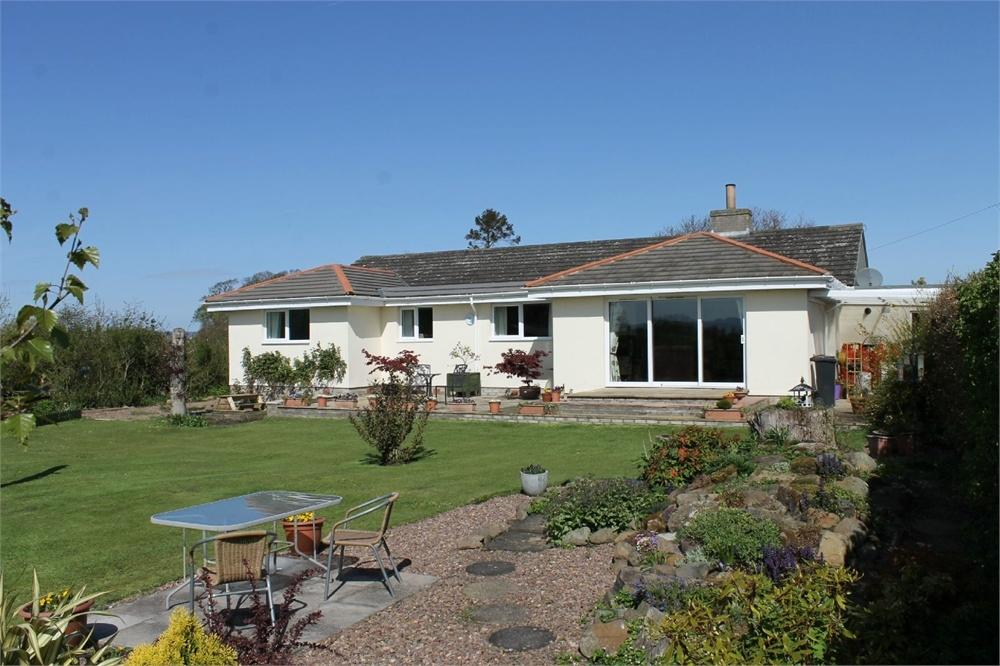 4 Bedrooms Detached Bungalow for sale in Driffenbeg, The Green, Swinton, Berwickshire, Scottish Borders, Scotland