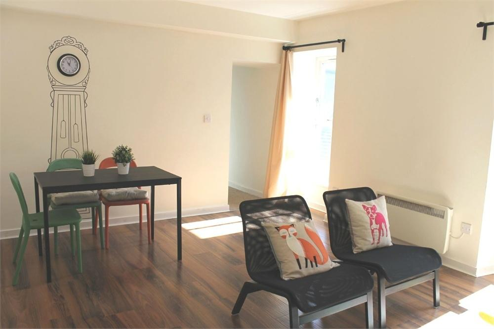 3 Bedrooms Flat for sale in Scotsgate House, Marygate, Berwick upon Tweed, Northumberland