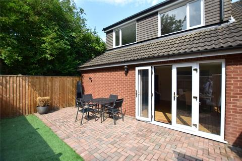 2 bedroom semi-detached house for sale - Welholme Avenue, Grimsby, DN32