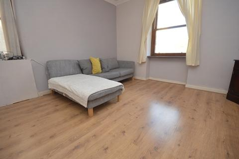 2 bedroom flat to rent - Simon Square, Edinburgh EH8