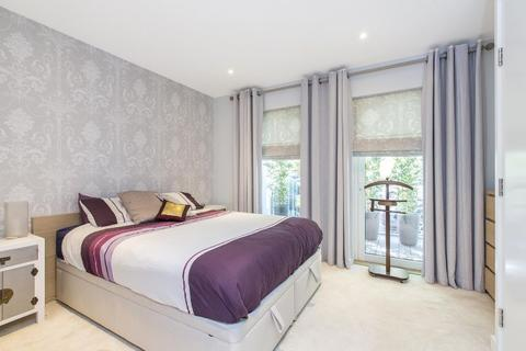2 bedroom property to rent - Globe View House, London