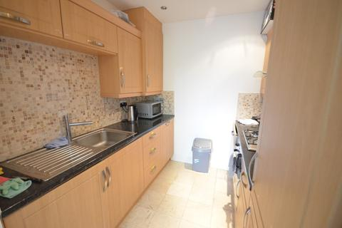 1 bedroom flat share to rent - Campbell Road , London E3