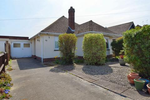 2 bedroom detached bungalow for sale - Sunnyhill Road, Herne Bay