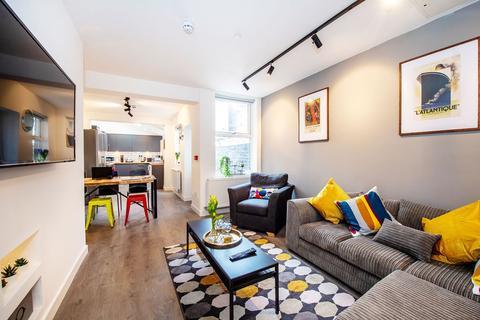 6 bedroom terraced house to rent -  Halsbury Road,  Liverpool, L6