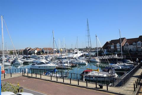 2 bedroom apartment to rent - Atlantic Close, Ocean Village, Southampton, SO14 3TA