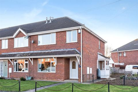 3 bedroom end of terrace house for sale - Gleneagles, Waltham, DN37