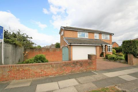 4 bedroom detached house for sale - Glenfield Road, Fairfield, Stockton, TS19 7PW