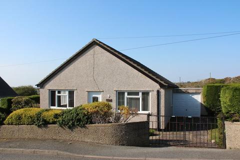 3 bedroom detached bungalow for sale - Bryn Gwyn Road, Holyhead