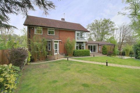 5 bedroom detached house for sale - Furze Lane, West Purley