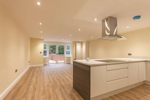 3 bedroom apartment for sale - 8 Wylam Grange, Station Road, Wylam