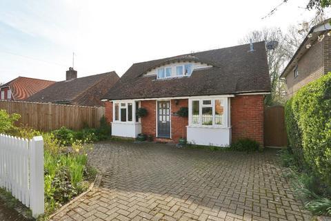 3 bedroom detached house for sale - Dorothy Avenue, Cranbrook, Kent, TN17 3AL