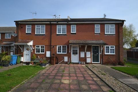 2 bedroom terraced house for sale - Moat Way, Queenborough