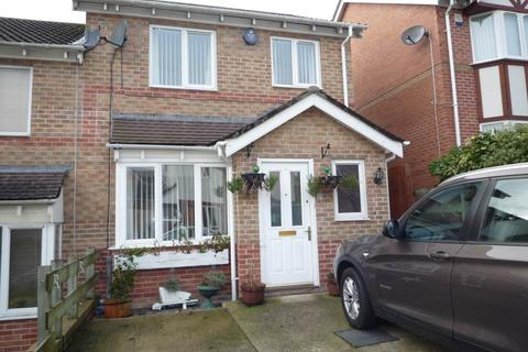 2 bedroom semi-detached house to rent - Melyn Y Gors, Barry, Vale of Glamorgan