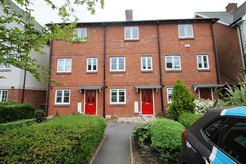 4 bedroom terraced house to rent - Kingshill Drive, High Wycombe