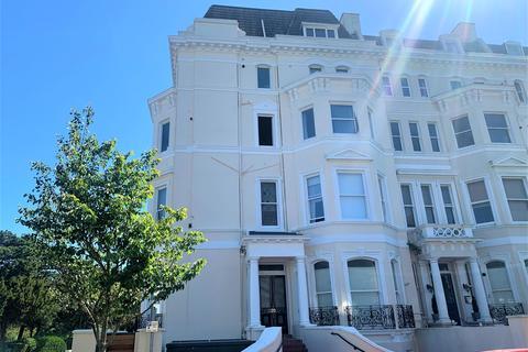 2 bedroom ground floor flat for sale - Clifton Gardens, Folkestone, Kent CT20 2EF