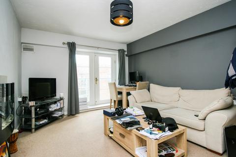 2 bedroom apartment to rent - Renaissance Court, 103 Bradford Street