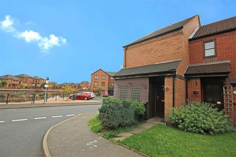 1 bedroom terraced house to rent - St Michaels Way, Tipton, DY4