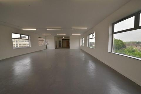Warehouse to rent - East Lane, Wembley Commercial Centre, Wembley