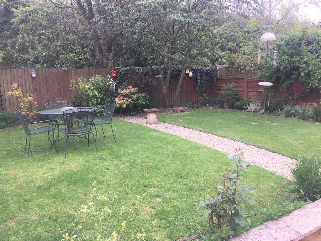 Burlish 20 garden2.jpg