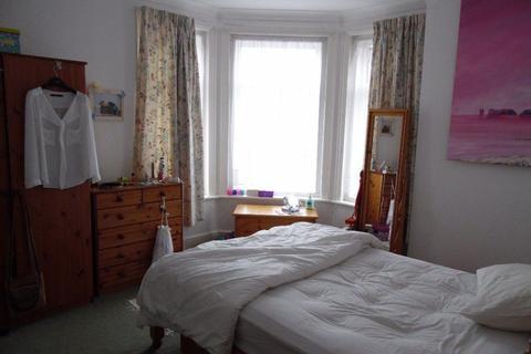 2 bedroom flat to rent - TWO DOUBLE BEDROOM FLAT, WIMBORNE ROAD