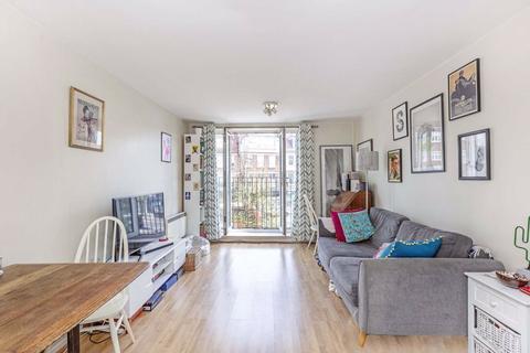 2 bedroom flat for sale - Churchill Lodge, 346 Streatham High Road, Streatham