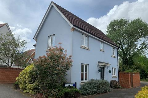 3 bedroom detached house for sale - Lambourne Chase, Great Baddow, Chelmsford, CM2