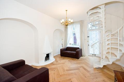 3 bedroom mews to rent - Ennismore Mews, Knightsbridge SW7
