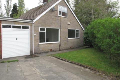 3 bedroom detached bungalow to rent - Birchfield Drive, Marland, ROCHDALE
