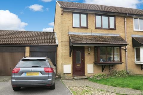 3 bedroom semi-detached house to rent - Ashby Court, Reading, RG2 8PG