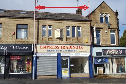 Shop to rent - -566, Thornton Road, Bradford, BD8