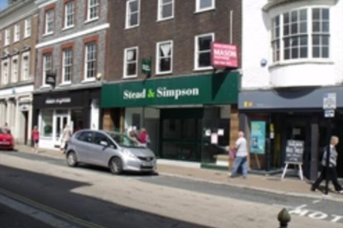 1 bedroom flat to rent - Top Flat, High Street, Newport, Isle Of Wight, PO30
