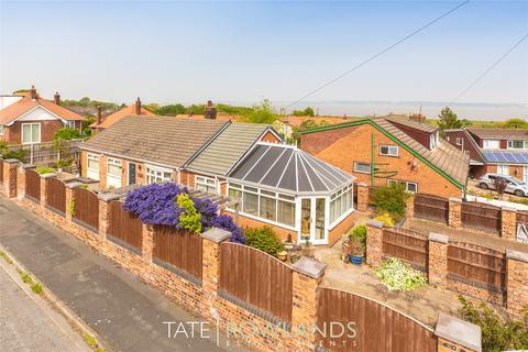 3 bedroom detached bungalow for sale - Park Road, Bagillt, Flintshire, CH6
