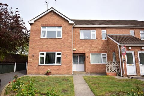 2 bedroom apartment for sale - Eaton Court, Grimsby, DN34