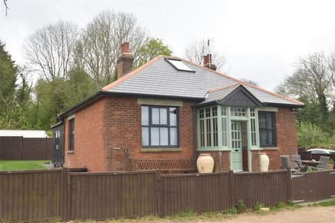 4 bedroom detached bungalow for sale - Sandway