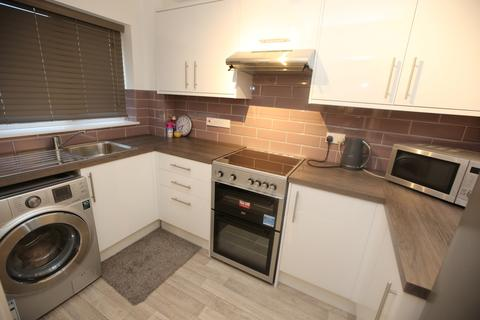 1 bedroom flat to rent - Abercrom, HP12