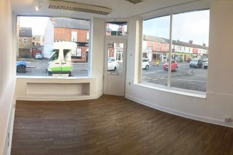 Property to rent - High Street, Lincoln