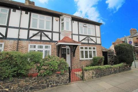 3 bedroom end of terrace house for sale - Holdernesse Road, Tooting Bec, London, SW17 7RG