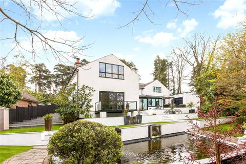 5 bedroom detached house for sale - Woodbridge Drive, Camberley, Surrey, GU15