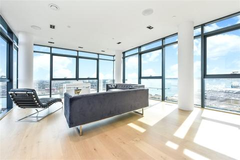 3 bedroom penthouse for sale - The Moresby Tower, Admirals Quay, Ocean Village, Southampton, SO14