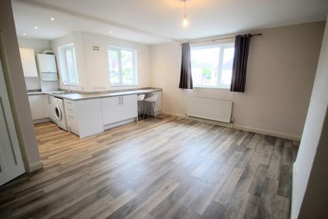 2 bedroom flat to rent - Cherwell Drive, Marston