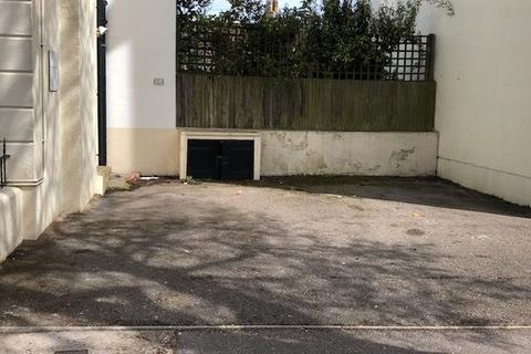 Property to rent - Guildford Road, Brighton, BN1 3LU