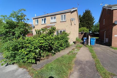 2 bedroom semi-detached house for sale - Plowden Road, Hull