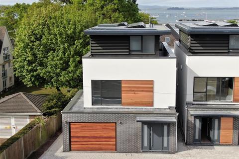 4 bedroom detached house for sale - Sandbanks Road, Lilliput, POOLE