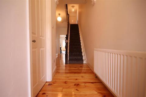 8 bedroom terraced house to rent - Mayfair Road, Jesmond